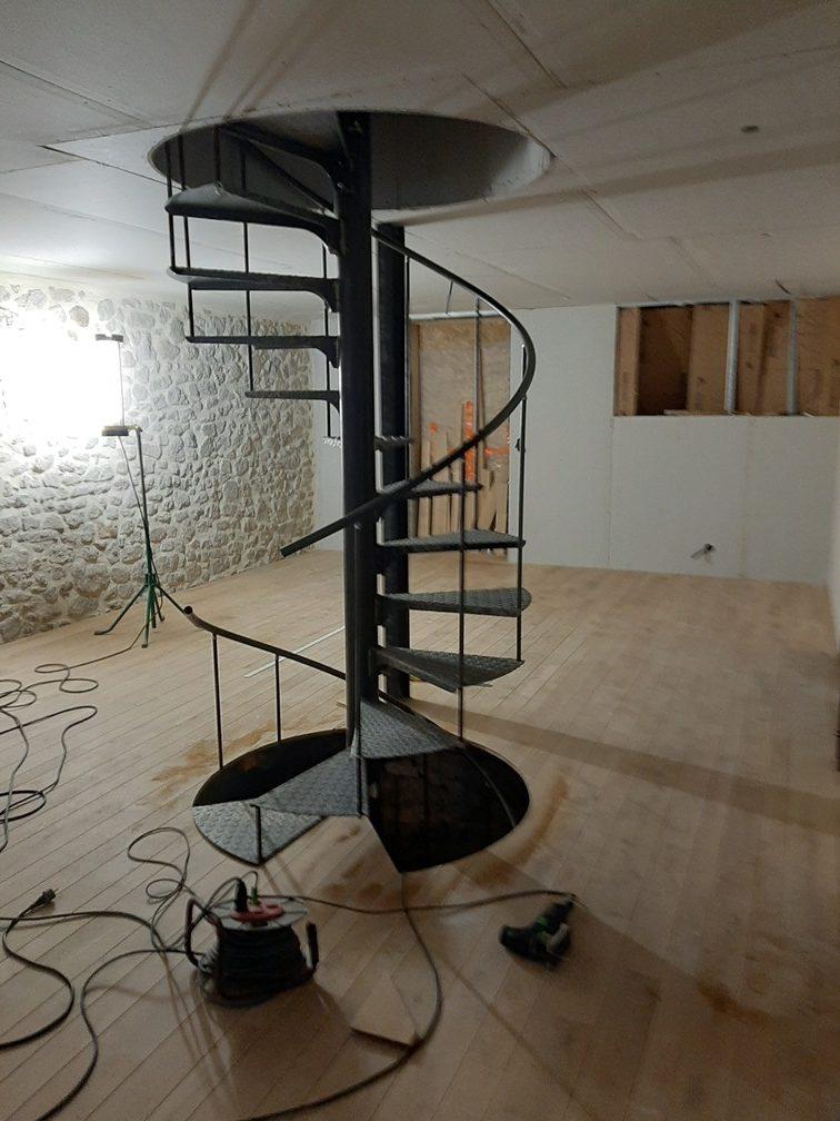 menuisier cantal escalier